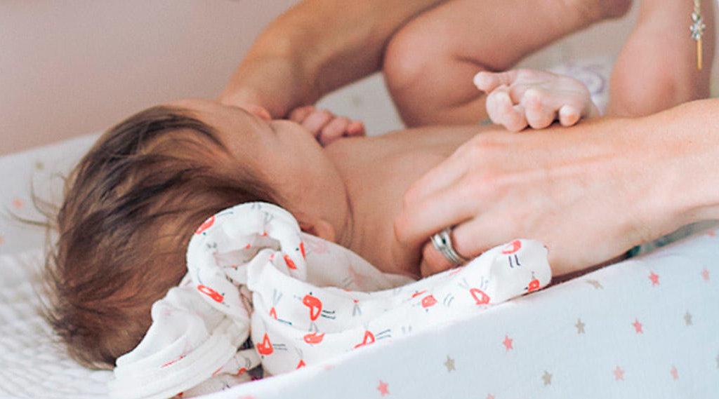 Dermatiti nel bebè: basta poco per evitarle, no al fai-da-te